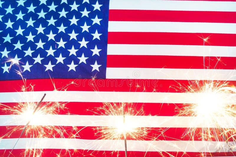 Fira självständighetsdagen Amerikas förenta staterUSA flagga fotografering för bildbyråer