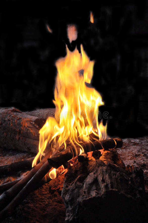 Free Fire Burning At Night Royalty Free Stock Photography - 36811147