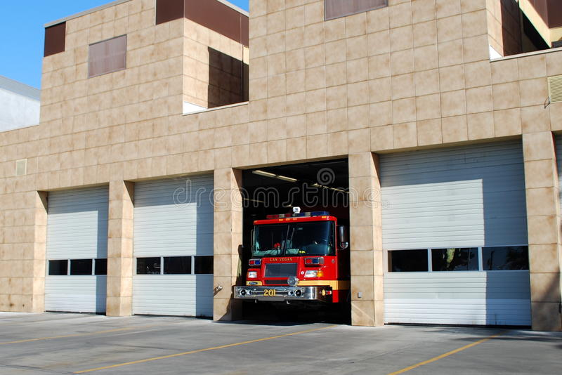 FIRE ENGINE FIRE STATION royalty free stock images