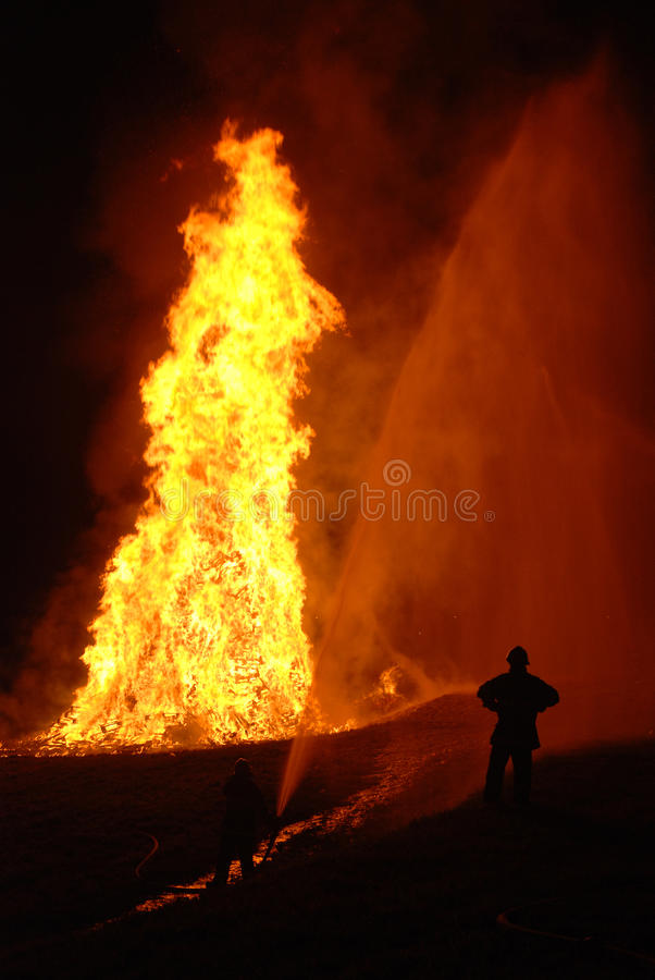 Free Fire Fighting Stock Images - 20489494