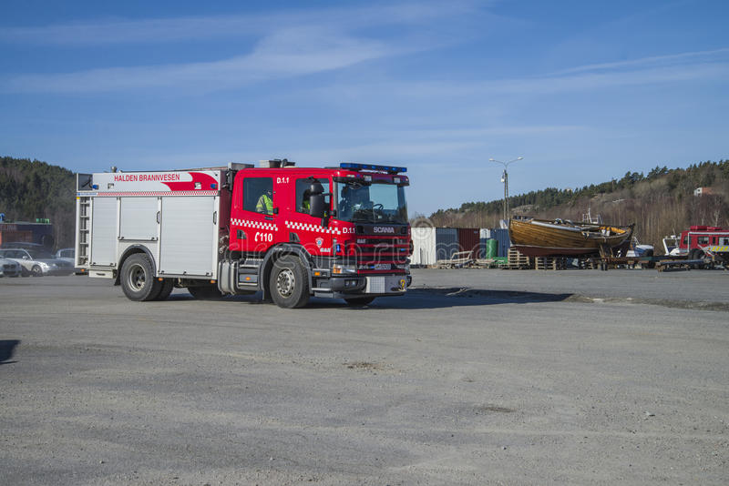 Download Rescue Center Is Alerted And Fire Truck Arrives, Photo 14 Editorial Image - Image: 30261165