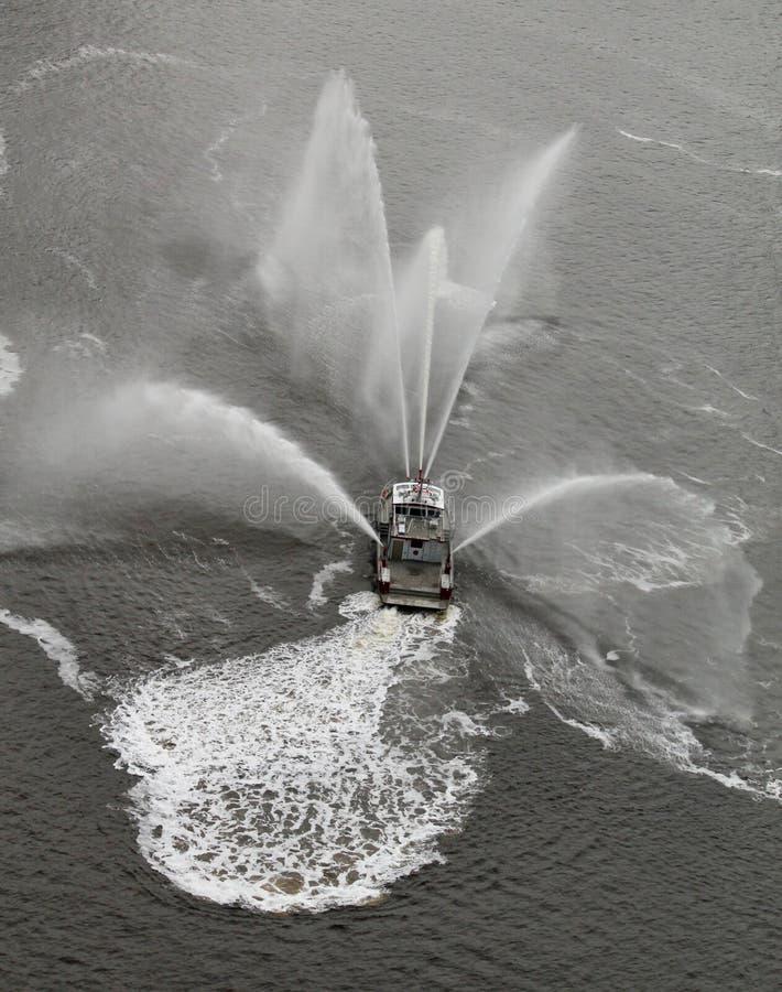 Fireboat imituje motyla -1 obraz royalty free