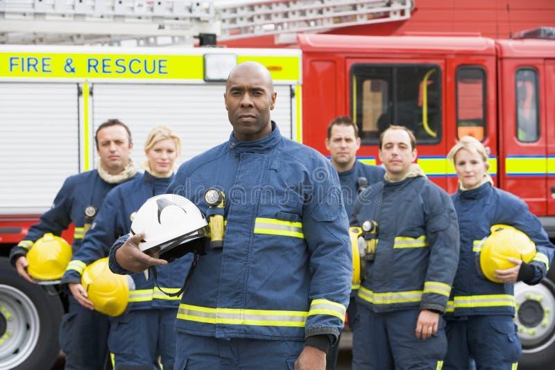 firefighters group portrait στοκ φωτογραφία με δικαίωμα ελεύθερης χρήσης