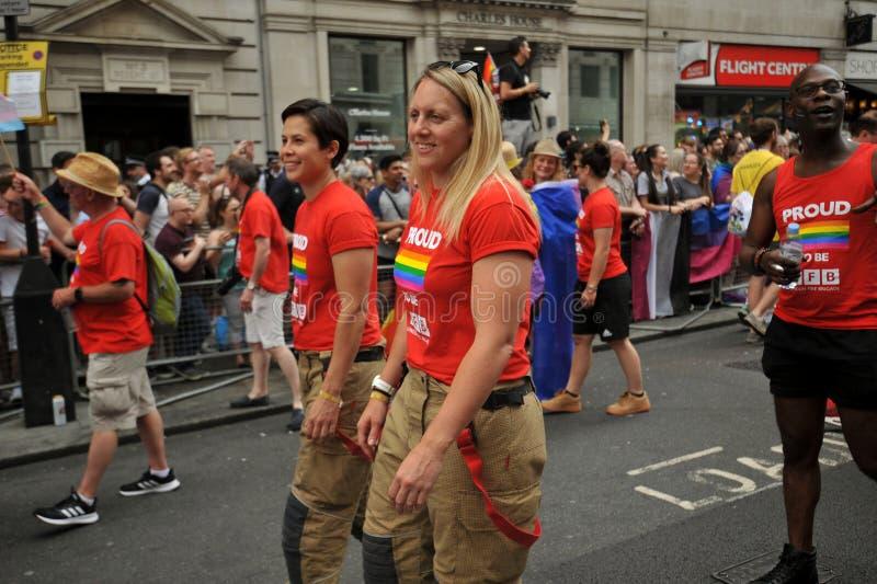 Firefigthers al gay pride a Londra, Inghilterra 2019 fotografia stock libera da diritti