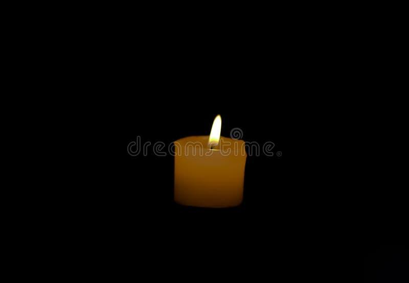 Firelight στο σκοτάδι στοκ εικόνα με δικαίωμα ελεύθερης χρήσης