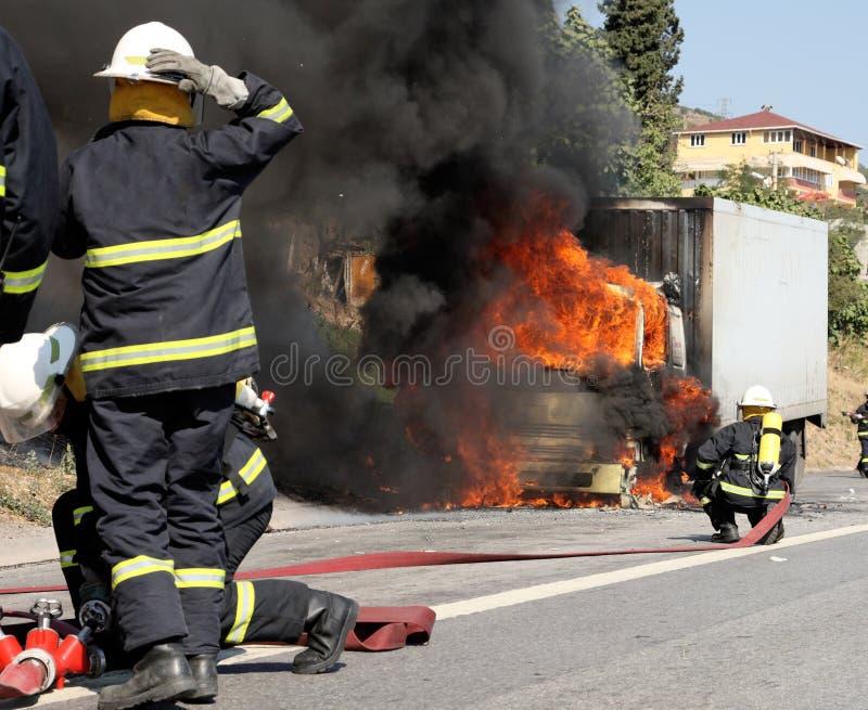 firemen immagini stock libere da diritti
