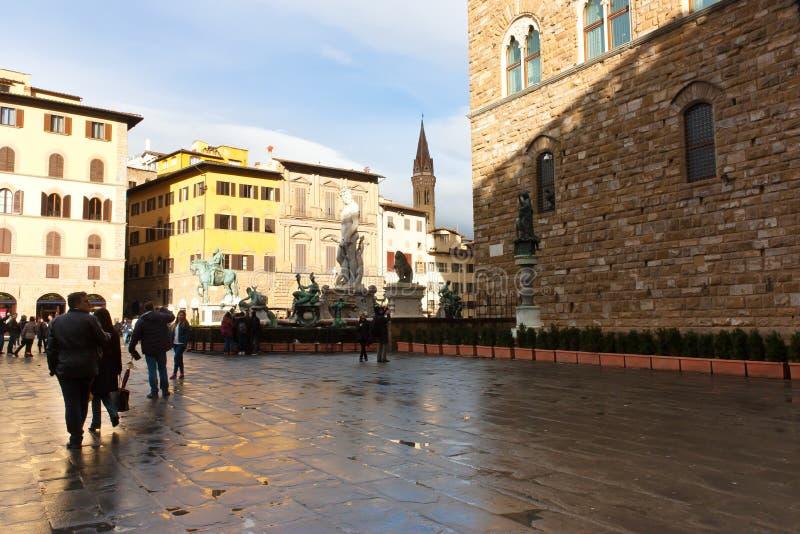 FIRENZE, ITALIE - 6 février 2017 - fontaine célèbre de Neptune photo stock
