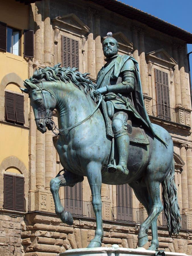 Firenze - la statua equestre di Cosimo I de Me immagini stock