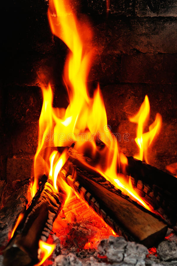 Free Fireplace Royalty Free Stock Photography - 27616917