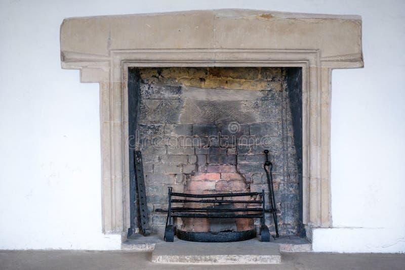 Download Fireplace stock foto. Afbeelding bestaande uit middeleeuws - 54080906