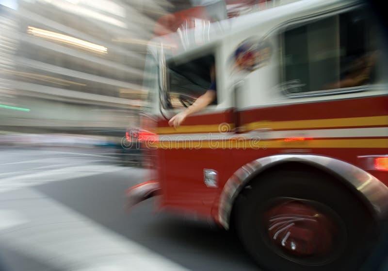 Download Firetruck fotografia stock. Immagine di pompiere, fiamma - 7323640