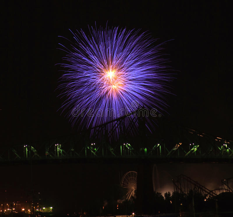 Free Firework Festival At Montreal Stock Images - 10517564