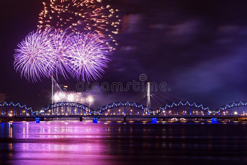 Download Firework Over River Royalty Free Stock Photo - Image: 22087955