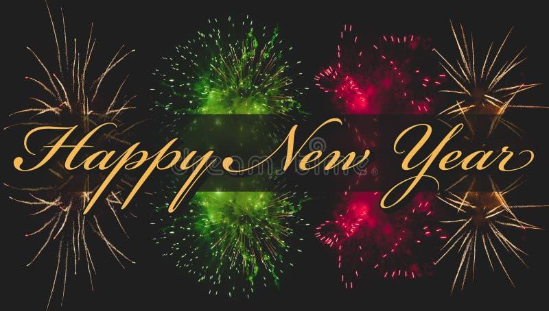 Fireworks com texto de saudação feliz de novo ano para cartão ou modelo Corresponder tom fotografia de stock royalty free