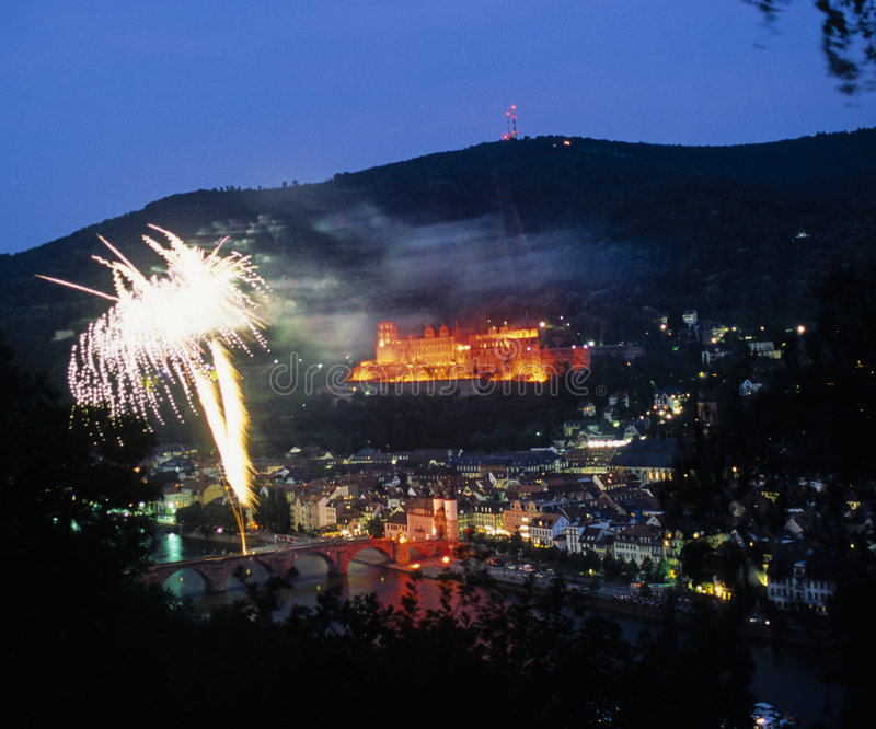 fireworks heidelberg over στοκ φωτογραφία με δικαίωμα ελεύθερης χρήσης