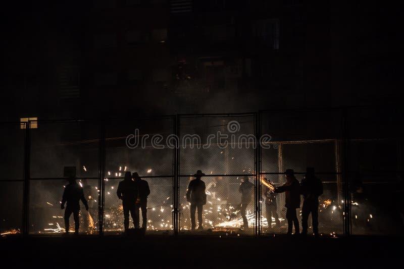 Fireworks i traditionell Cordà festivity fotografering för bildbyråer