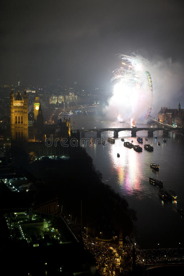 Download Fireworks Over London Eye And Westminster Editorial Image - Image: 17623290