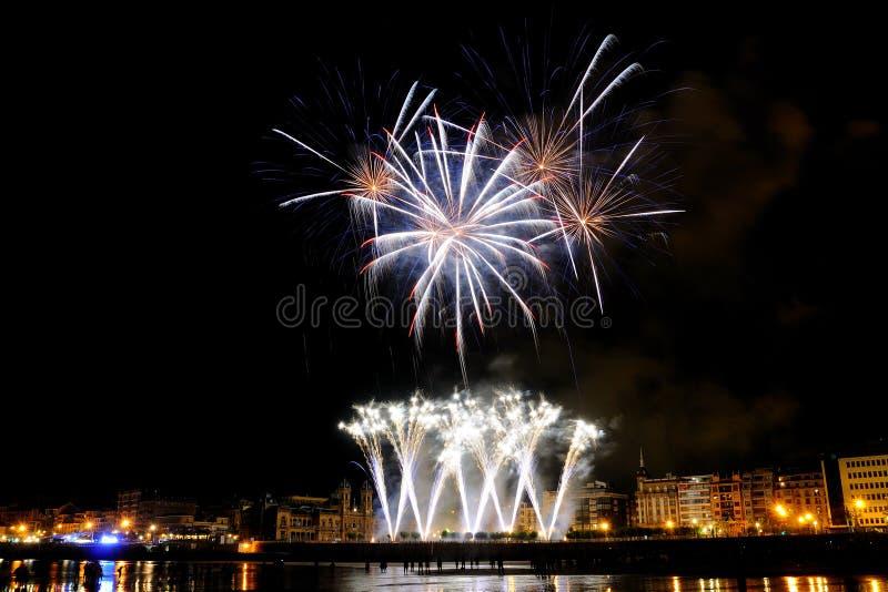 Download Fireworks In San Sebastian - August 2011 Editorial Photo - Image of aste, regi: 20925551