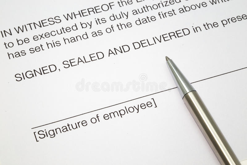 Firma del contratto di lavoro fotografia stock