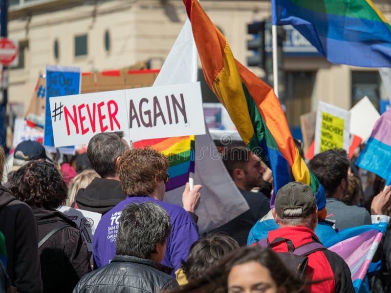 Firme nunca otra vez en marzo por nuestras vidas se reúnen en San Francisco foto de archivo