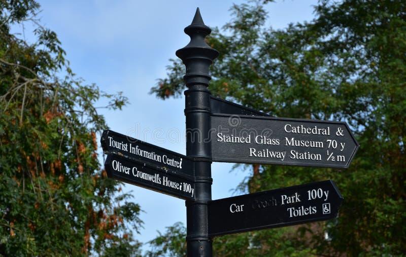 Firme para las atracciones turísticas y las instalaciones en Ely, Cambridgeshi fotografía de archivo