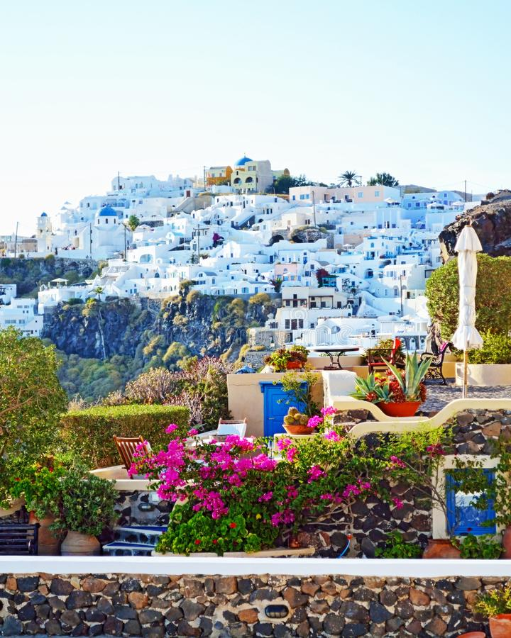 Firostefani村庄视图圣托里尼基克拉泽斯希腊 库存图片