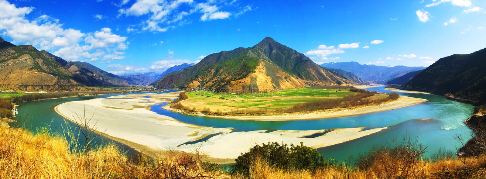 The first turn of the Yangtse stock photography