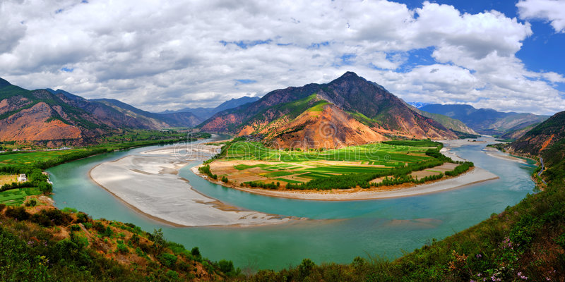 First turn of Yangtze river. Scenic view of first turn of Yangtze river, Shigu, Yunnan province, China stock image