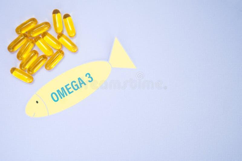 Fisch?l Omega 3 weiche Gelkapselpillen, gesundes Produkt und Erg?nzungskonzeptabschlu? oben, Raum f?r Text, stockfotografie