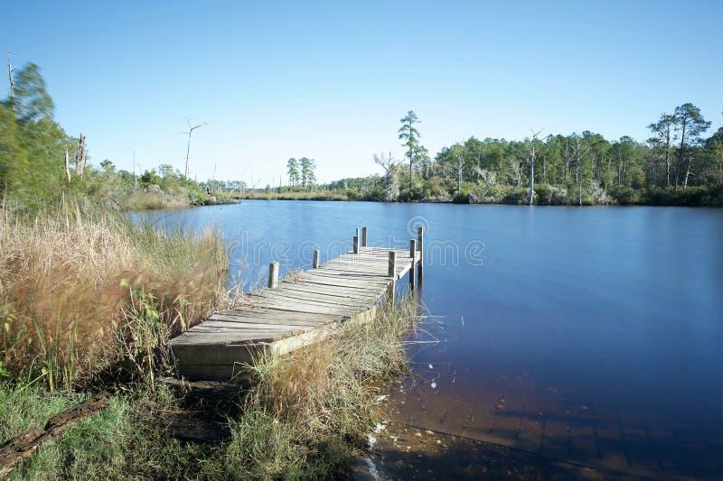 Fischenpier in Bonnerton NC lizenzfreie stockfotografie