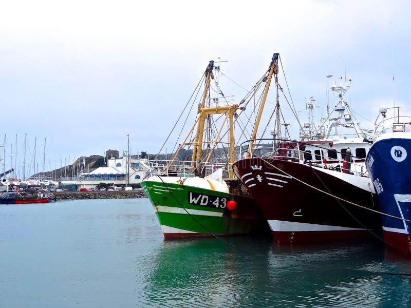 Download Fischerboote in Howth redaktionelles stockfotografie. Bild von irland - 90232582