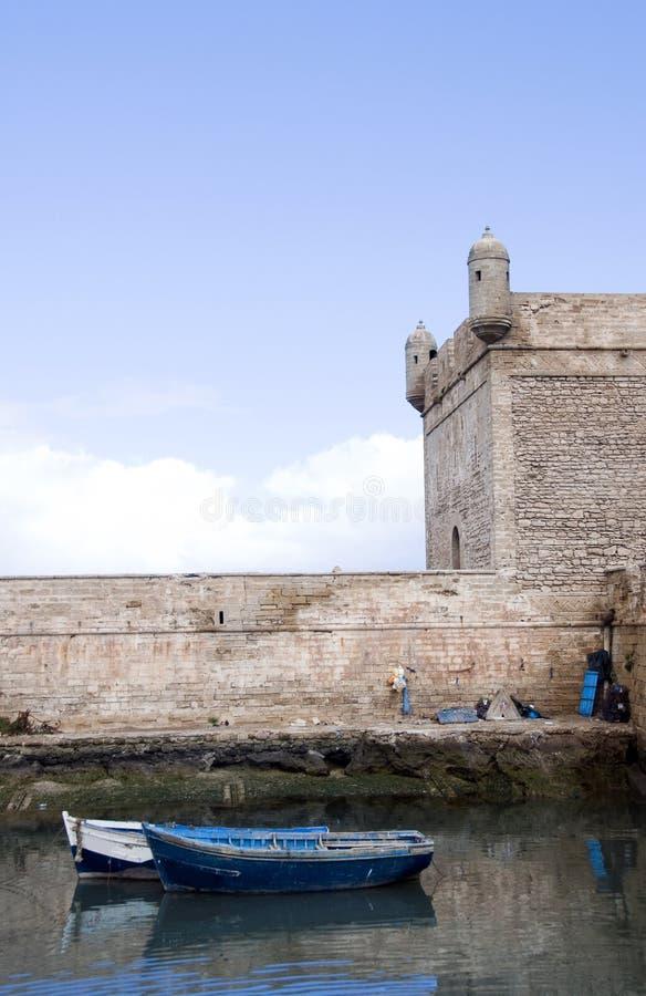 Fischerboothafen essaouira Marokko Afrika lizenzfreies stockbild