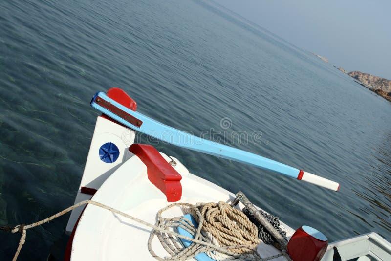 Fischerbootsteuerung lizenzfreie stockbilder