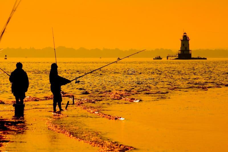 Fischerei in der Brandung 4 lizenzfreie stockfotos