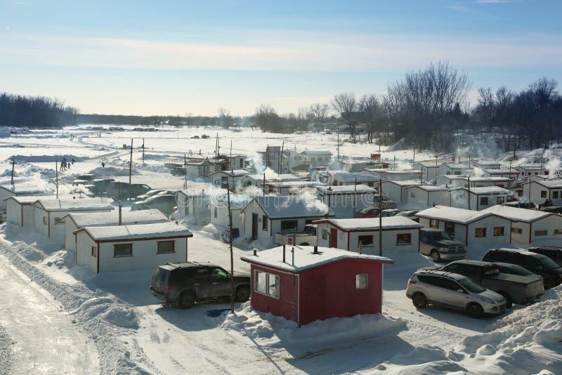 Fischerei für Zwergschellfisch in Quebec lizenzfreie stockfotos