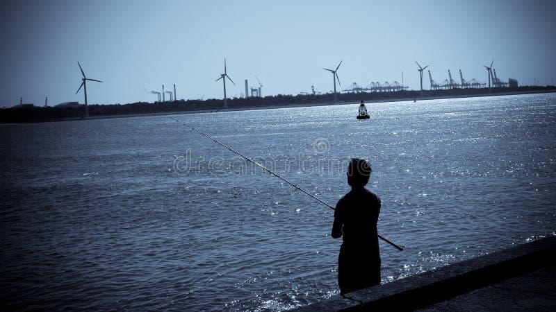 Fischerei im Hafen stockbilder