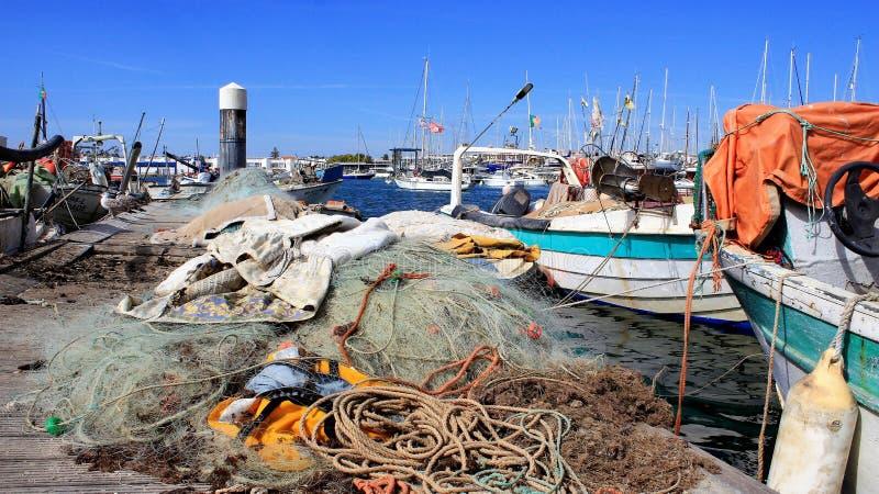 Download Fischereihafen stockfoto. Bild von bunt, netze, abschluß - 96925164
