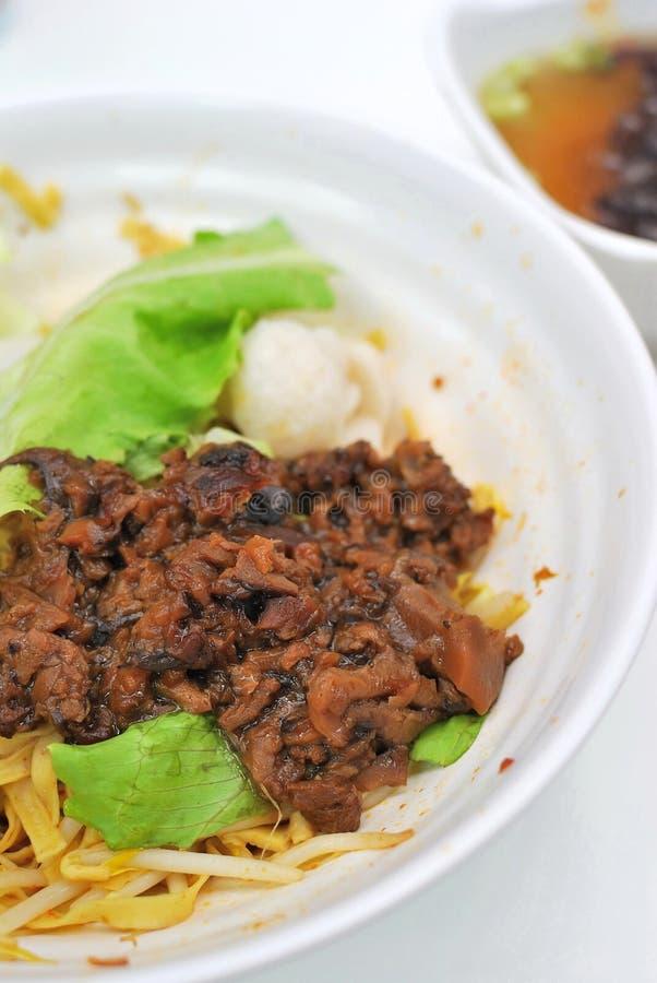 Fischkugelnudeln der chinesischen Art vegetarische lizenzfreies stockfoto