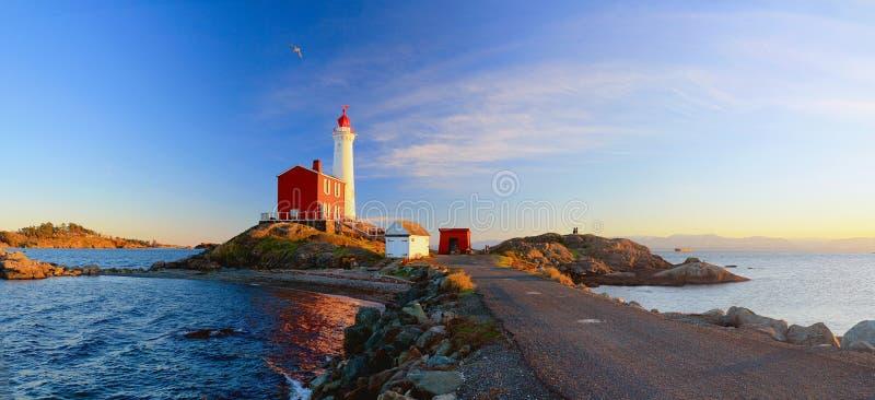 Fisgard Lighthouse at Sunset, Fort Rodd Hill National Historic Site, Victoria, Vancouver Island, British Columbia, Kanada stockfotos