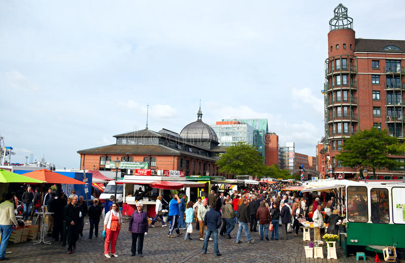 Download Fish Market In Hamburg Editorial Stock Image - Image: 26468619