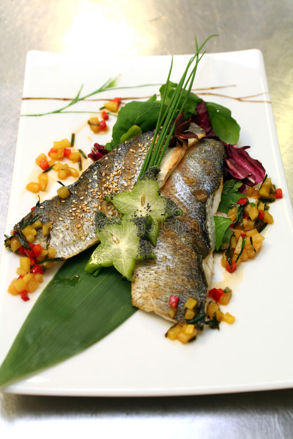 Free Fish Roast Stock Photo - 12919760