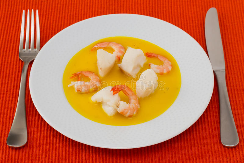 Fish With Shrimps In Sauce Royalty Free Stock Photography