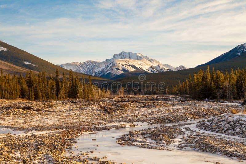 Fisher Osiąga szczyt, góra w Kananaskis w Kanadyjskich Skalistych górach, Alberta zdjęcie stock