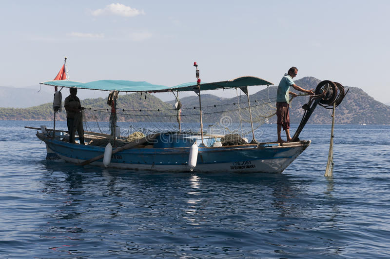 Download Fisherman And Fish Nets Editorial Photography - Image: 27219962