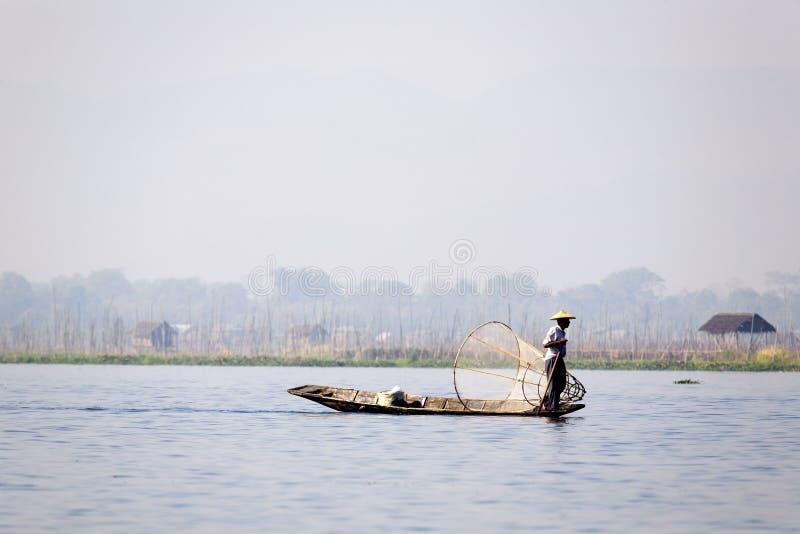 Download Fisherman at Inle Lake editorial stock photo. Image of asians - 30006503