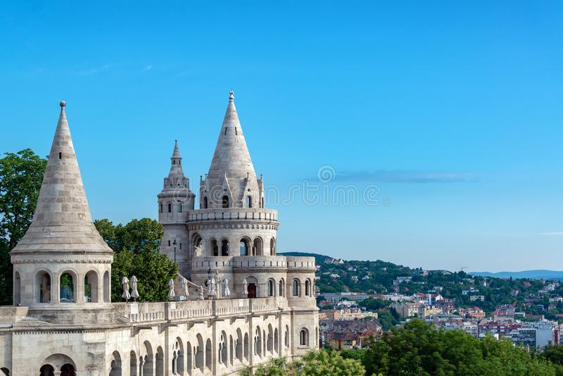 Fishermans Bastion in Budapest stockfotos