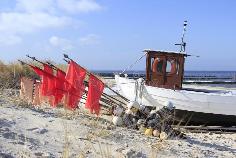 Download Fishermans Boot stockbild. Bild von horizont, malerisch - 26355197
