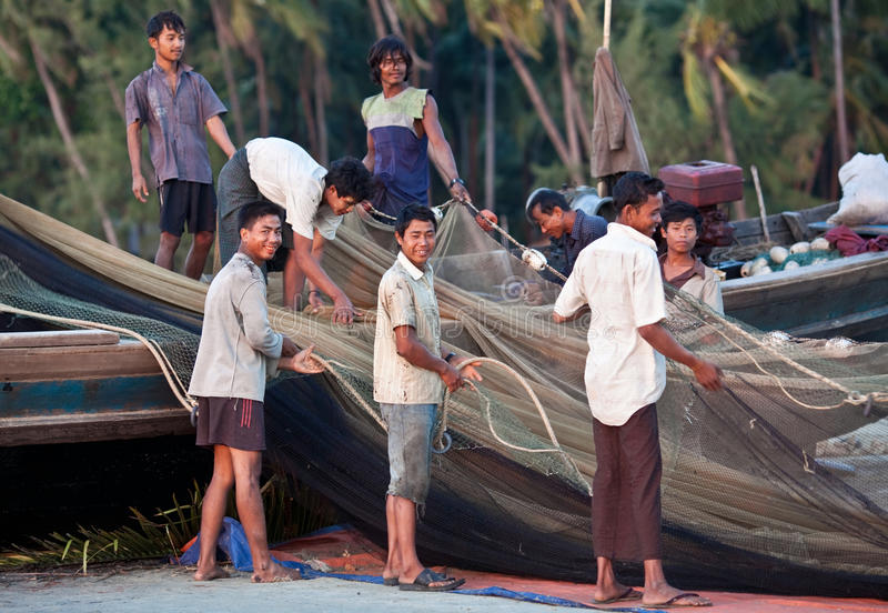 Download Fishermen From Ngapali, Burma Editorial Photography - Image: 24027492