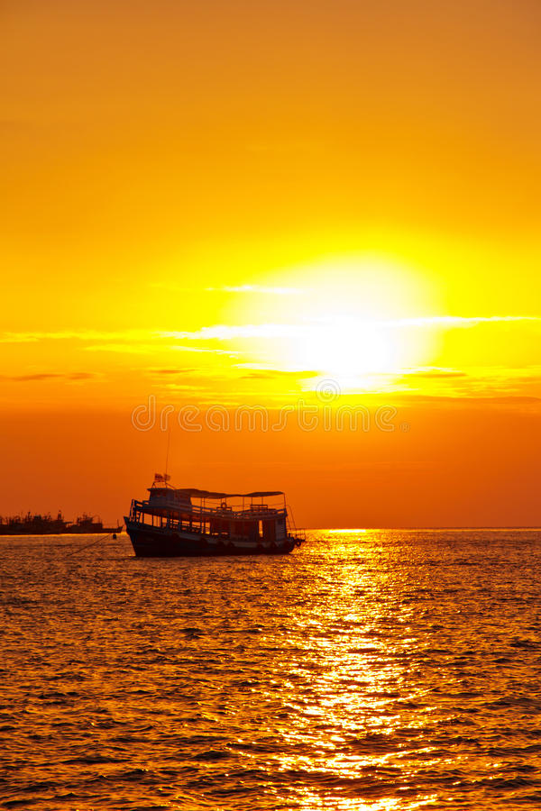 Download Fishing Boat Heading Out To The Sea Stock Image - Image: 23188713