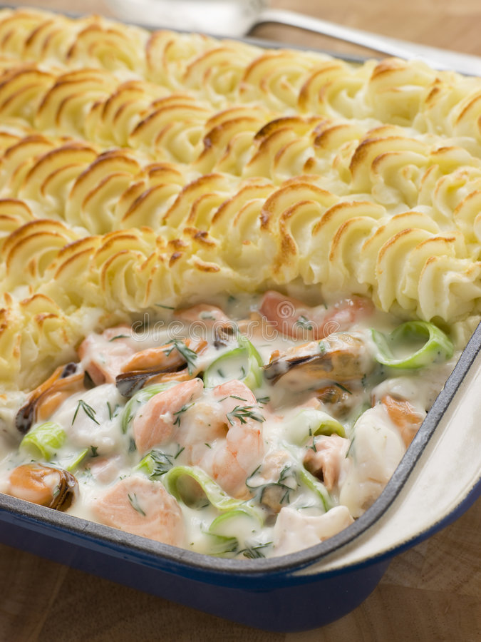 Free Fishmongers Pie Royalty Free Stock Images - 5629949